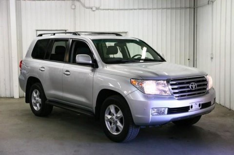 صور 2011 Toyota Land Cruiser Silver color 1