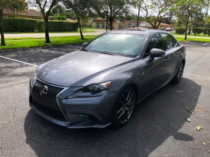 صور 2016 Lexus IS 200t 4dr  1